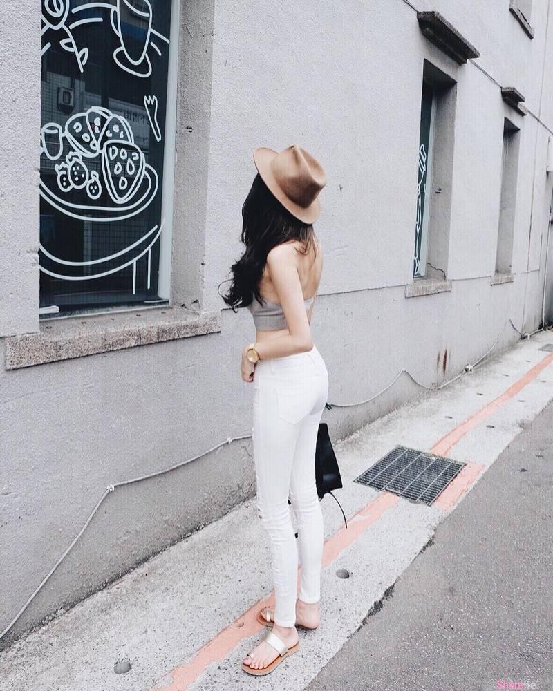街上发现正妹身影,绝美穿搭路人一直想回头