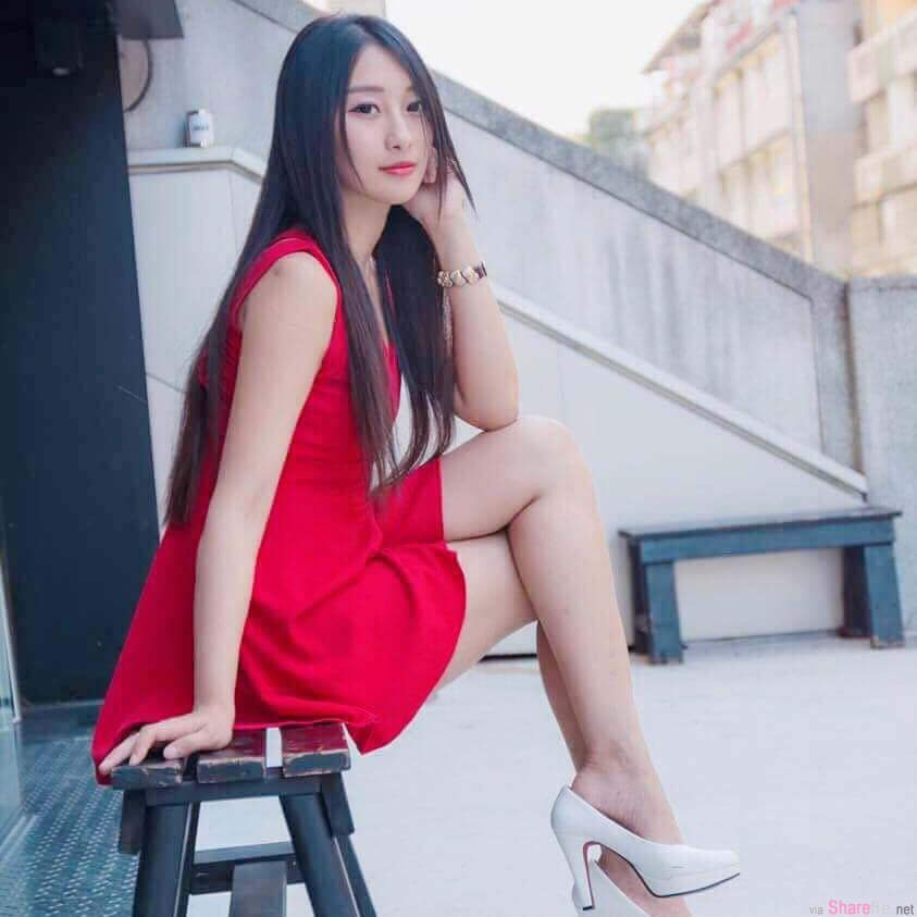 台湾正妹吴采婕,湿透内衣露nubra让网友脸红红