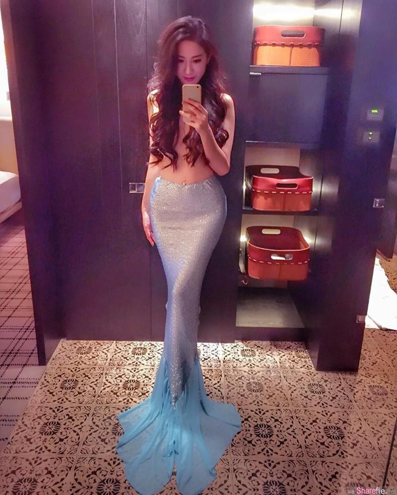颜值超正素人正妹身穿人鱼长裙自拍,网友:腿很美