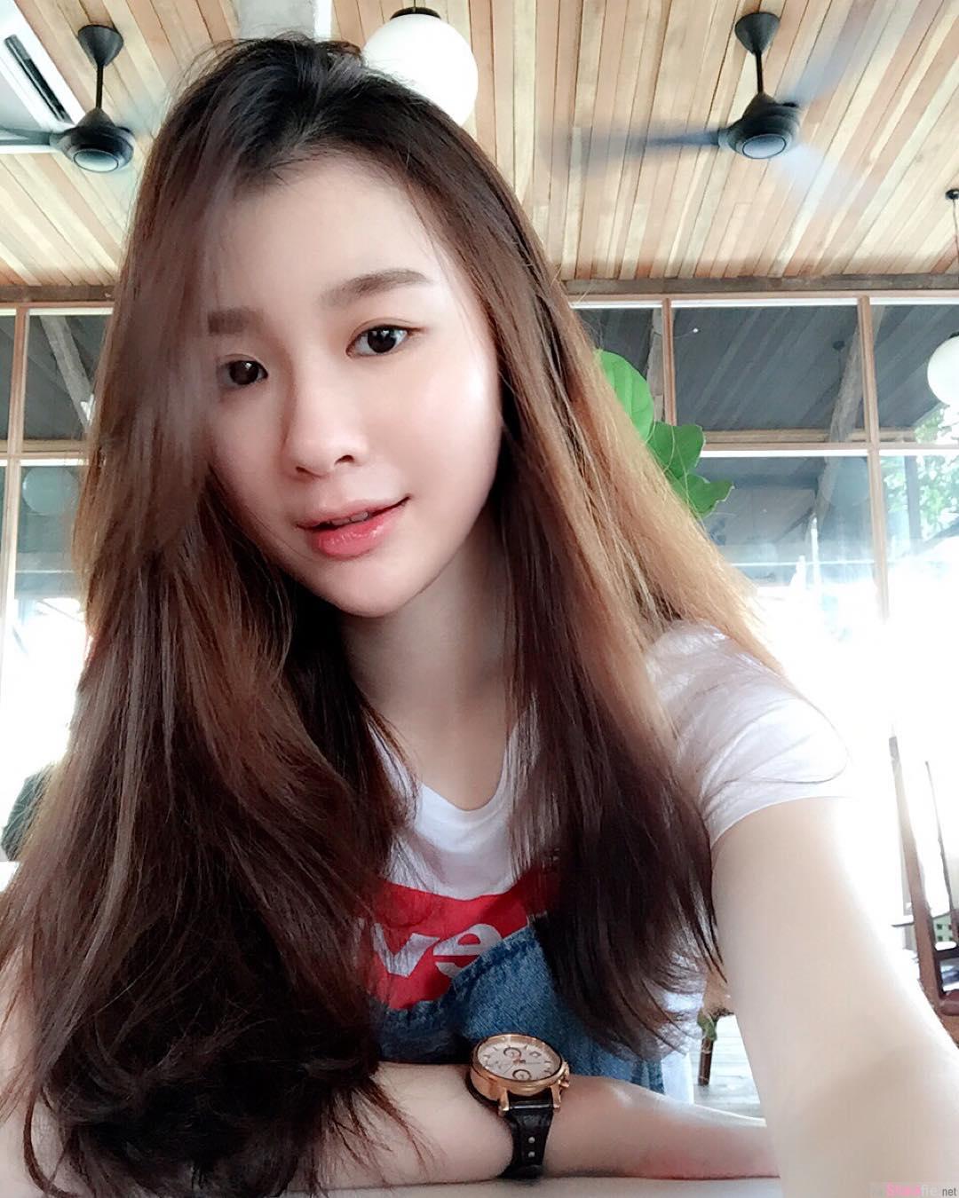 大马槟城正妹Caryn Ng,脸蛋气质美到冒泡