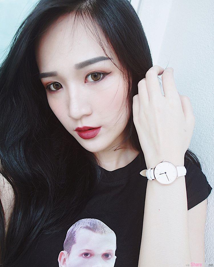 大马怡保正妹Victoria,性感深V展现火辣身材,网友:想当摄影师