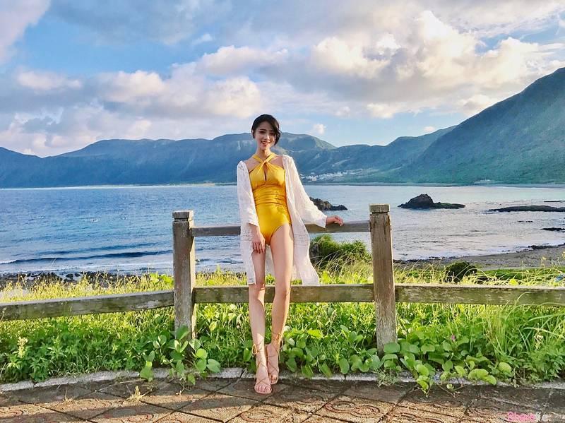 台湾正妹林鲑鱼,甜美与美腿的诱惑