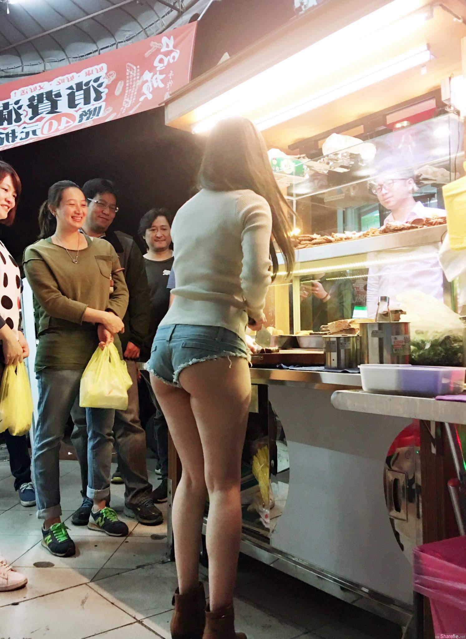 滷味店找正妹当店长,一排男人看她切