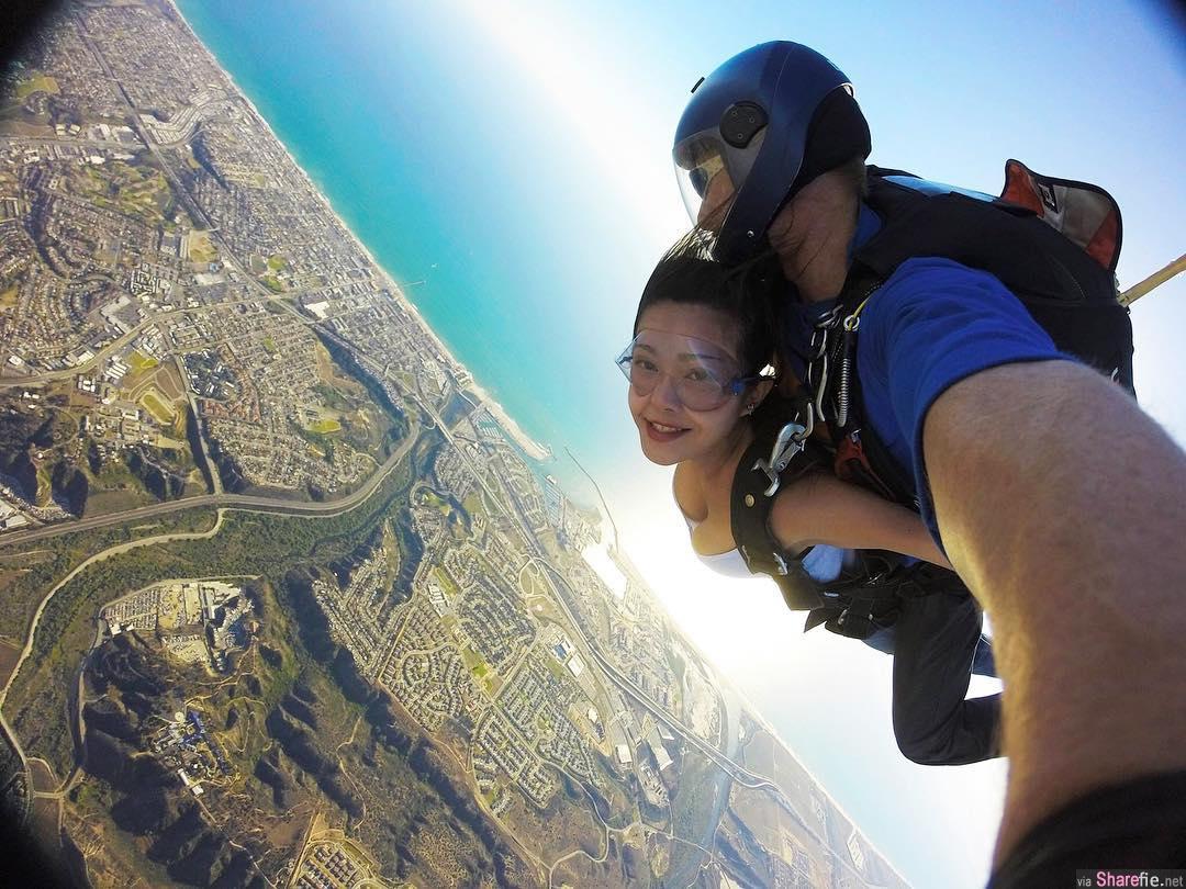 正妹工程师Jin玩跳伞当空中飞人,画面一秒就吸睛