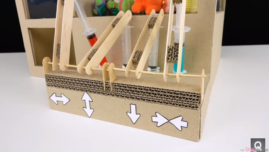超强DIY,神人教你用「针筒」自制娃娃机