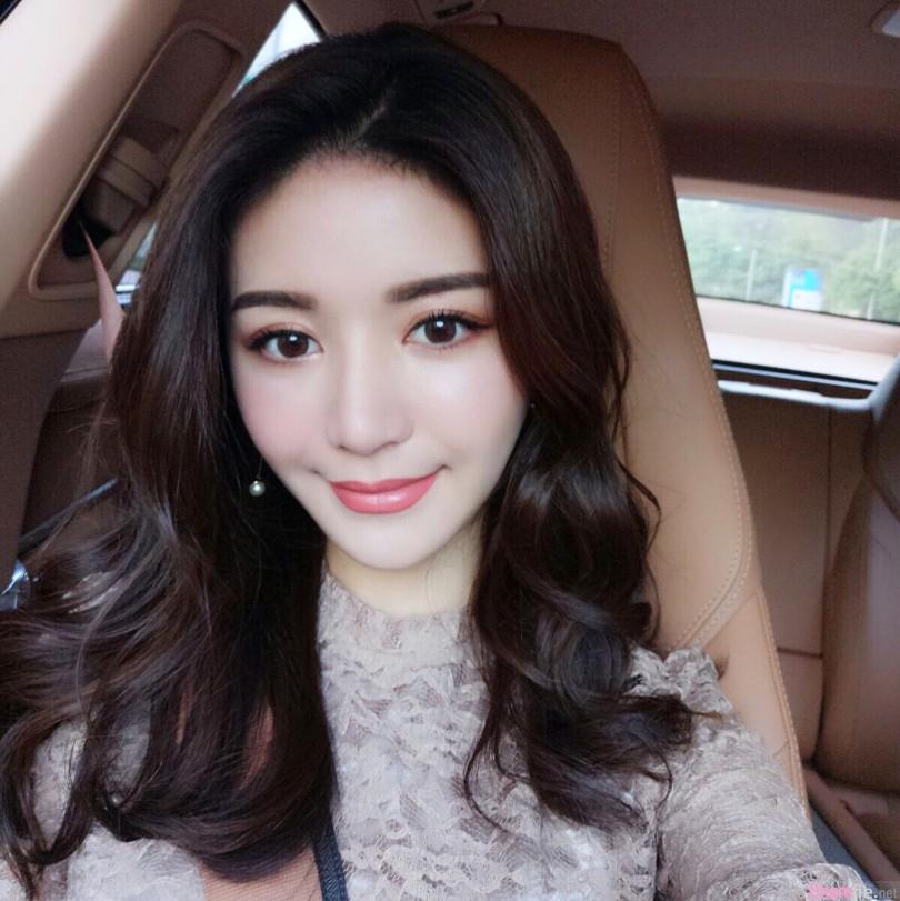 香港正妹Dor Yeung,脸蛋超美