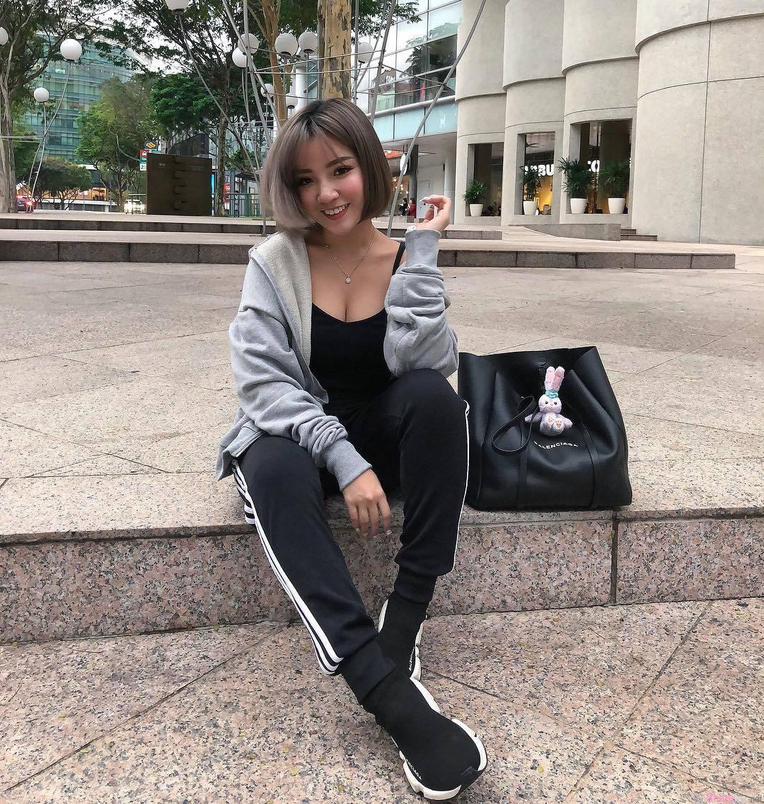新加坡正妹Naomi Neo,完美S曲线