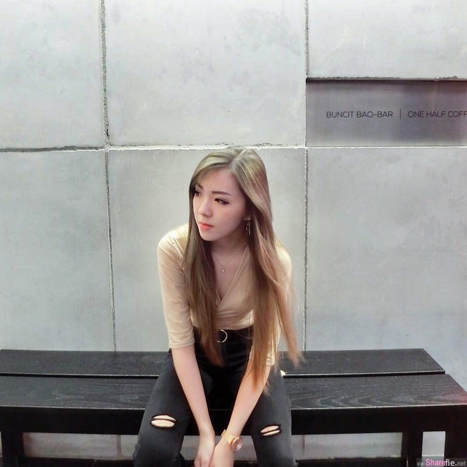 长髮正妹弹钢琴,转过身我恋爱了