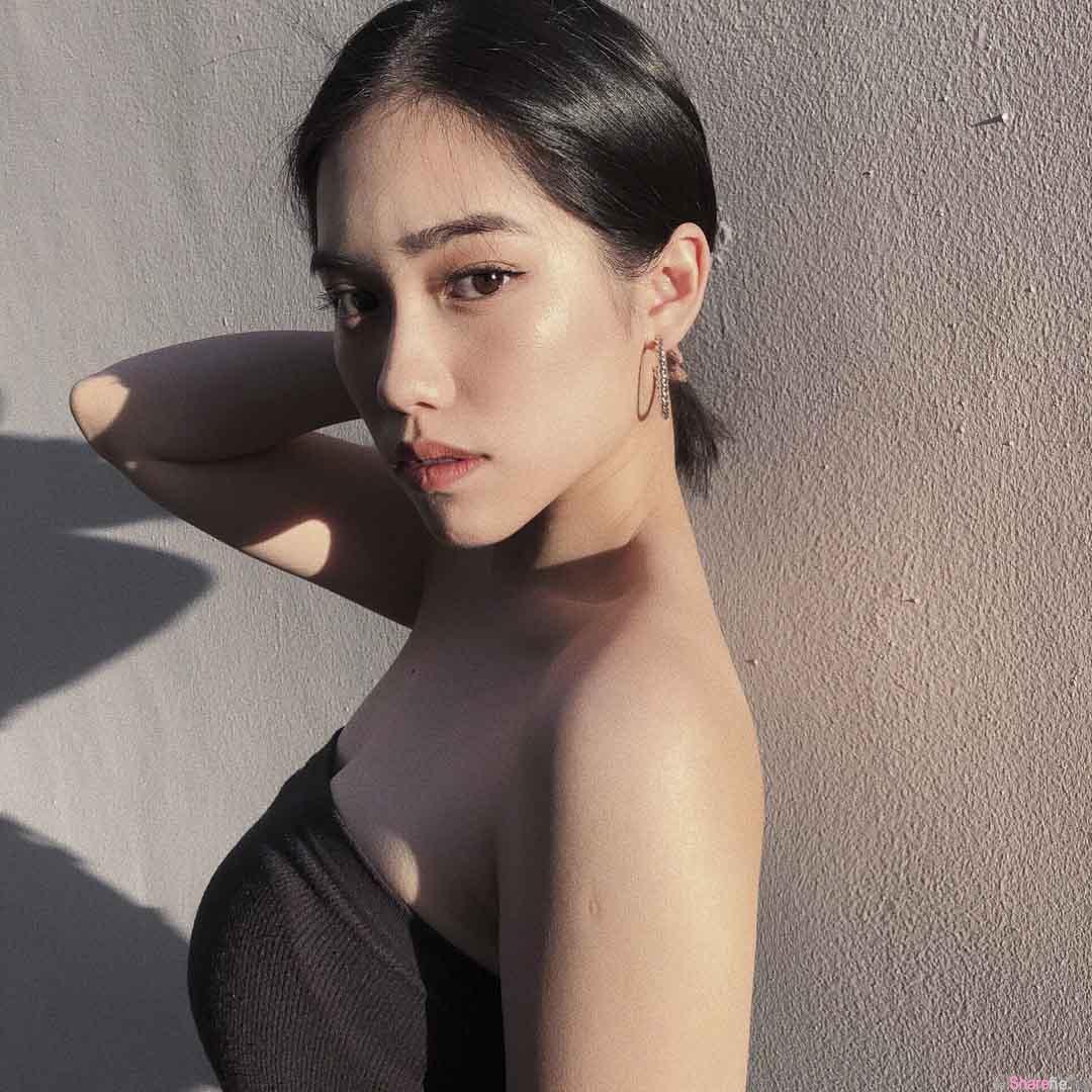 留美正妹YuYu,时尚性感系