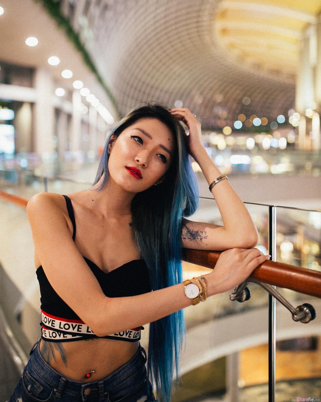 又有性爱片流出!新加坡长腿嫩模9分钟顶楼打野战影片外流
