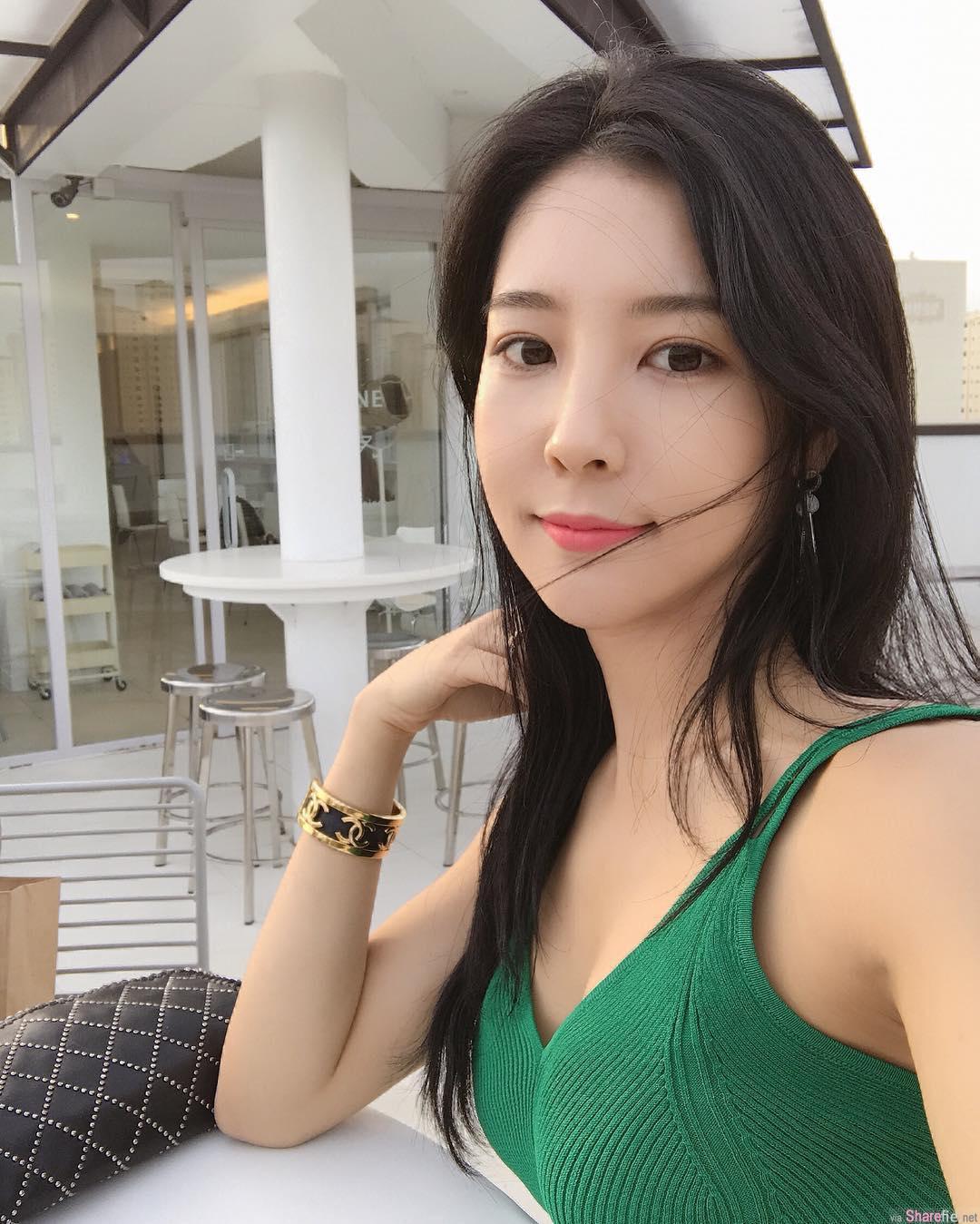 韩国极品正妹,甜美超兇,比基尼秀出完美身材