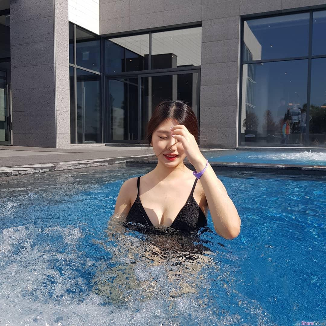韩国辣妹Jooyeon,比基尼秀出饱满好身材
