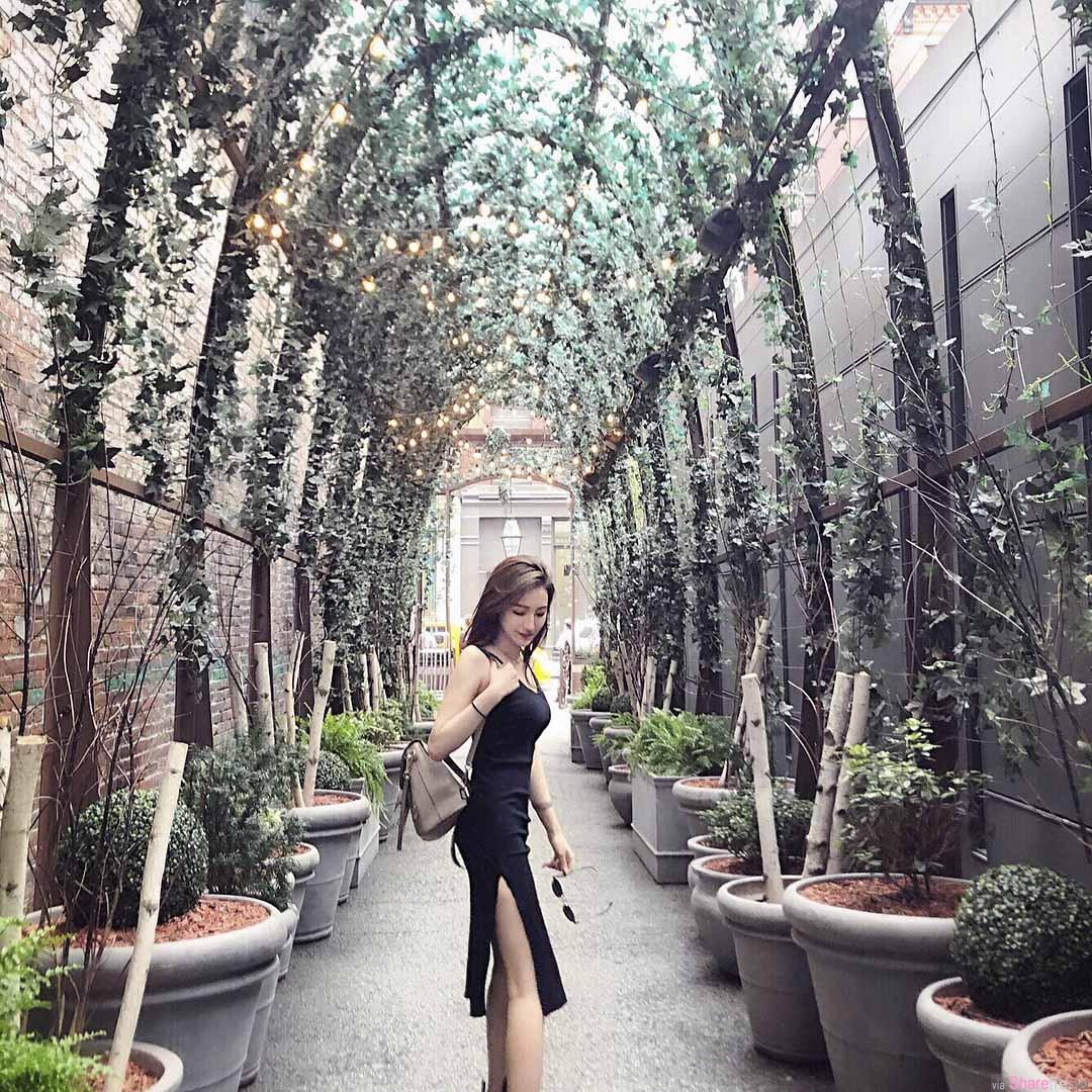 气质正妹Aimee Wang,餐厅用餐佈置太美留个影,网友:你更美