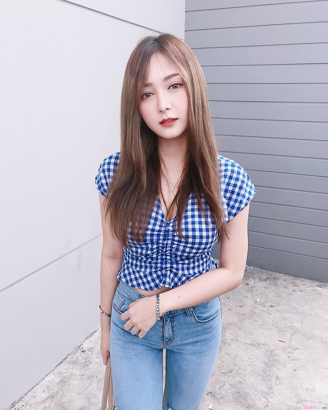 泰国网红正妹Ponsawan,仙女气质狂吸百万粉丝