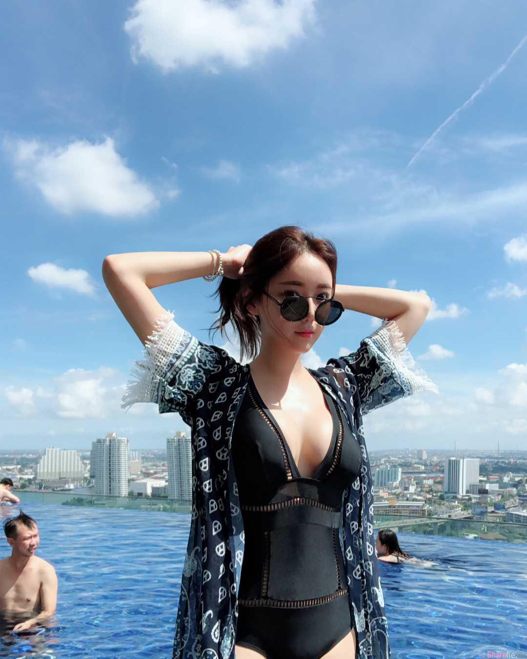 韩国正妹lilolilo清新气质,穿上比基尼秒变性感女神
