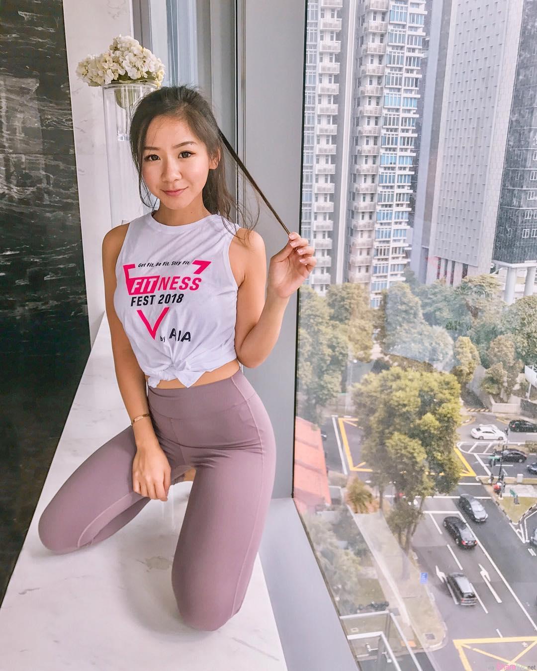 阳光正妹Novita Lam,S曲线马甲线超迷人