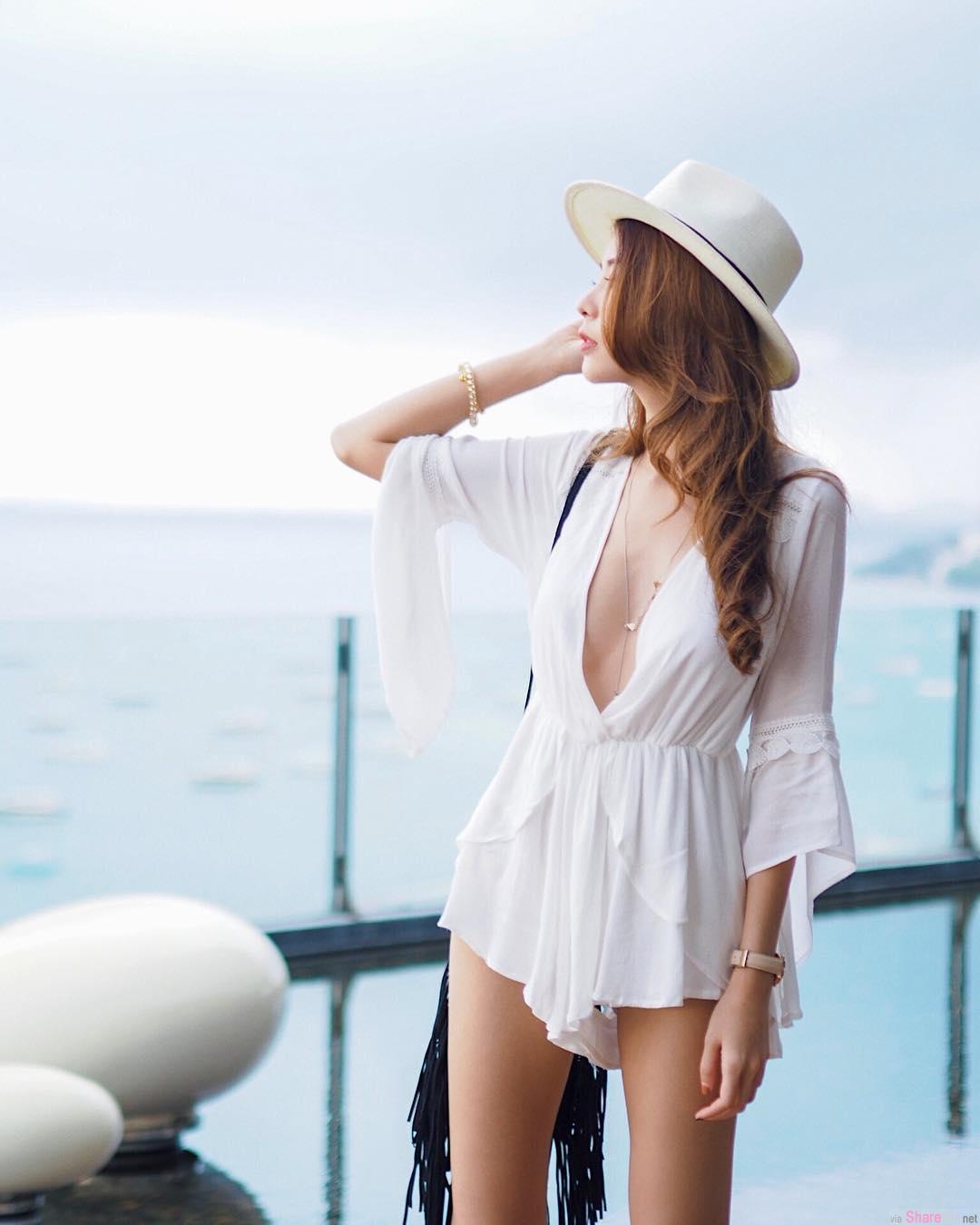 泰国正妹kukkaii,深V开到肚脐辣翻游客