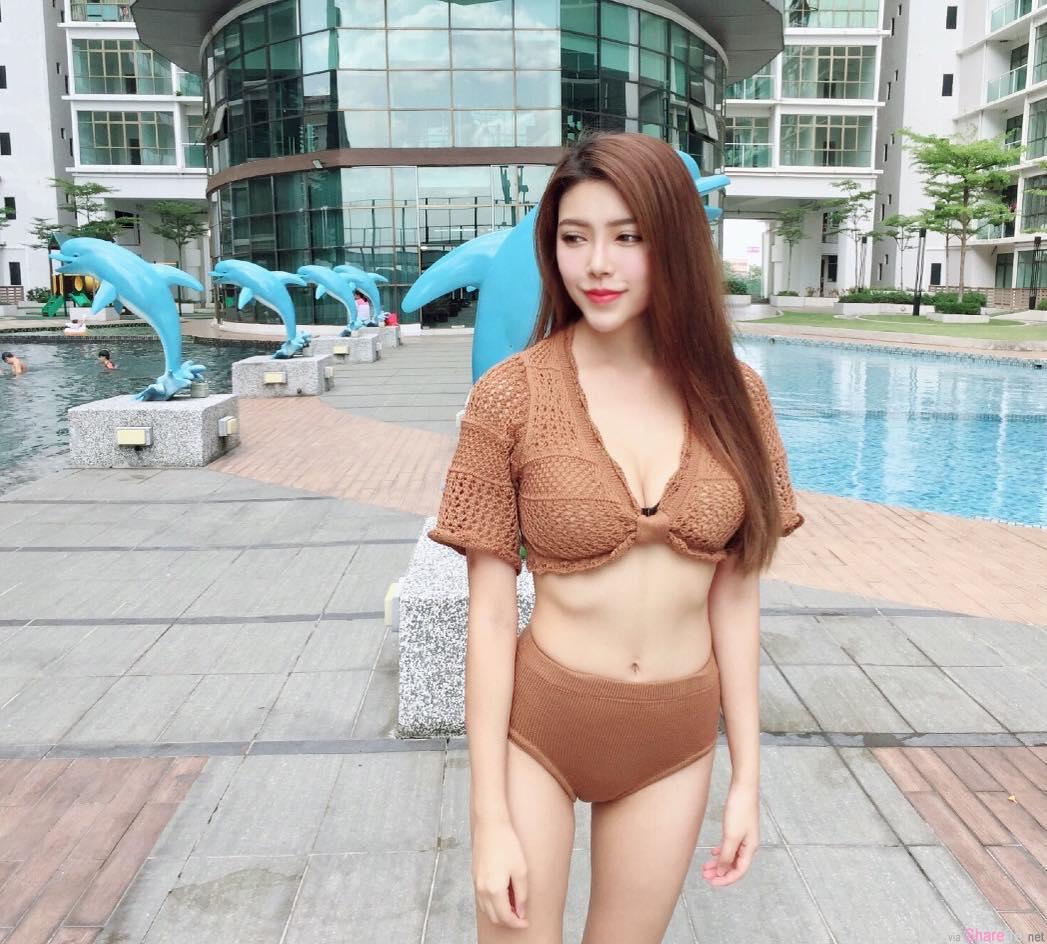 大马正妹Hannah Yap,泳池自拍火辣比基尼太吸睛