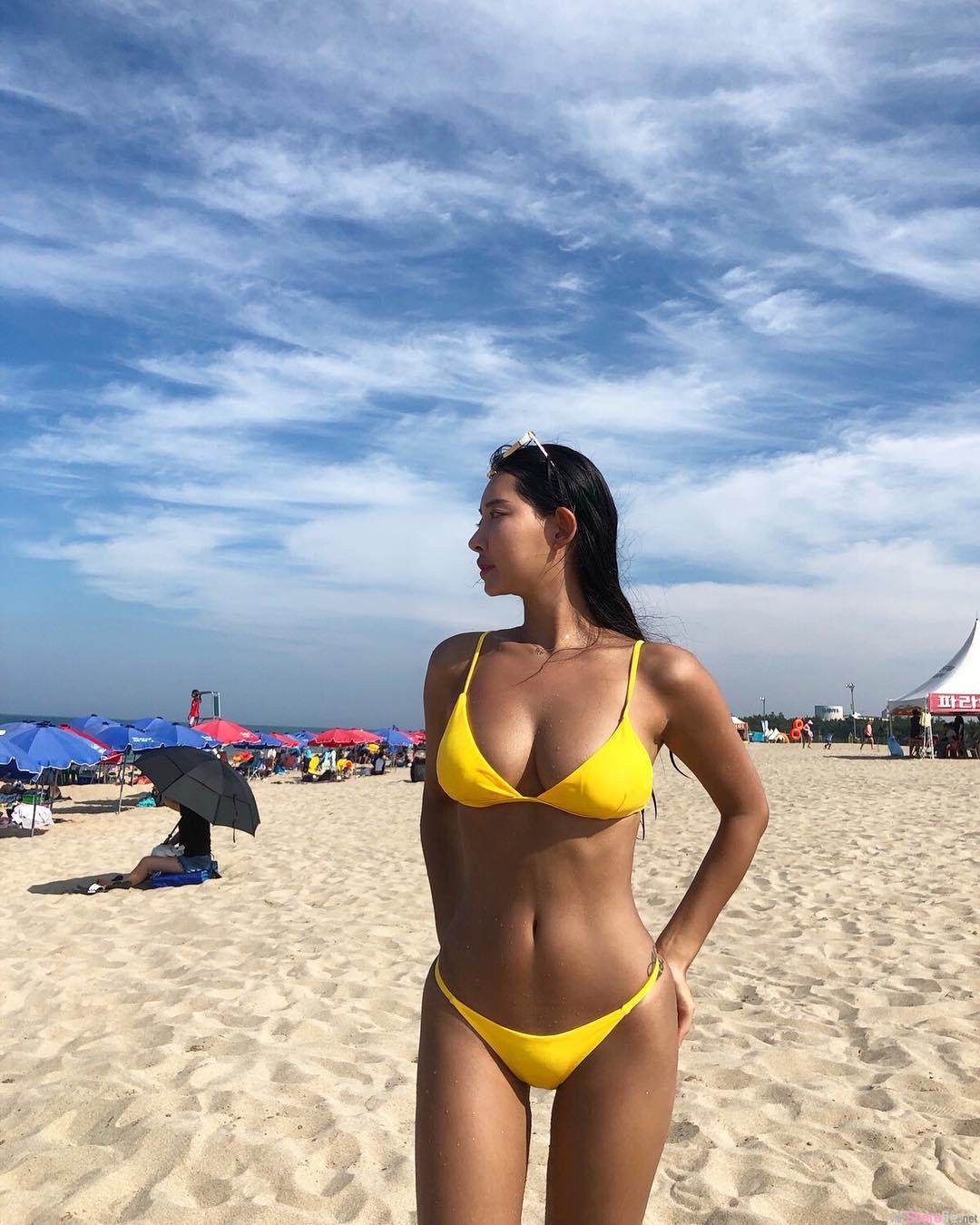韩国正妹Jolie,海边湿身性感迷人