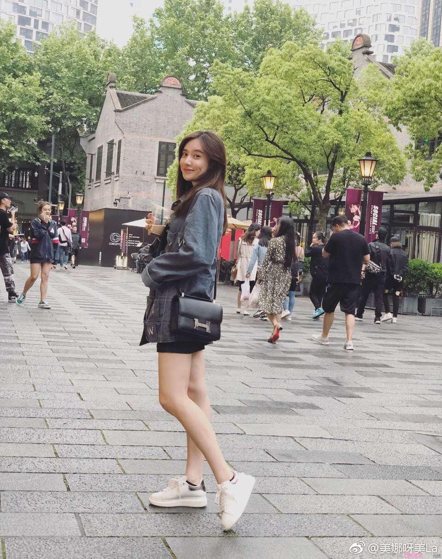 中国腾讯最美NBA主播~美娜