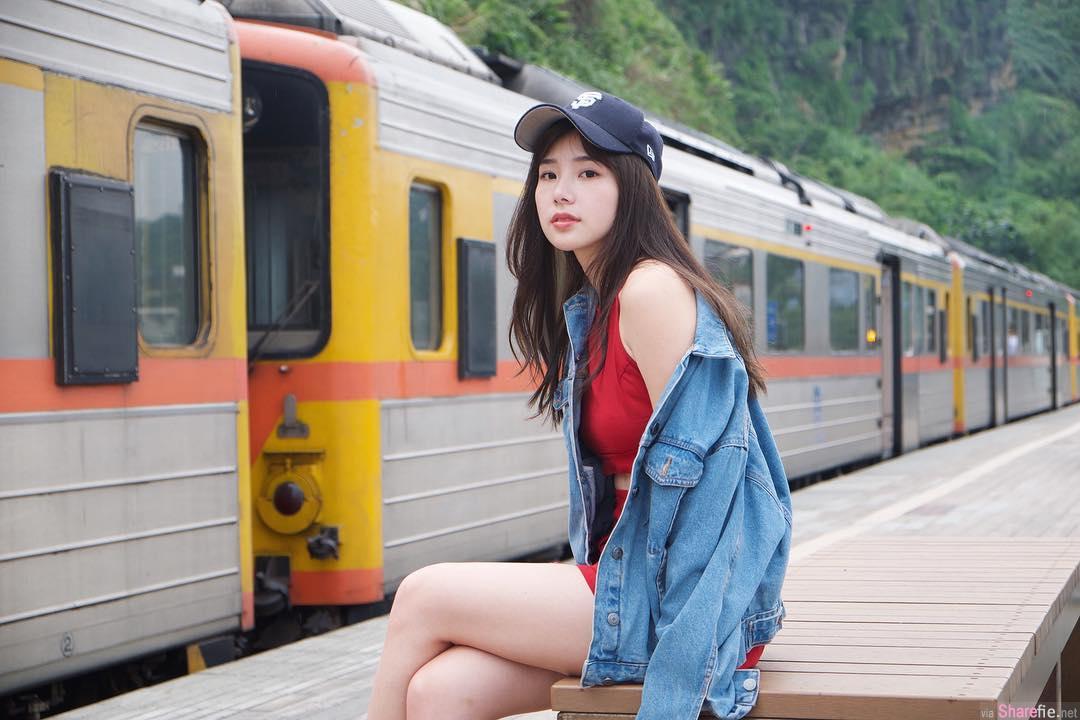 正妹Zora Chen,甜美气质回眸一笑迷倒众生