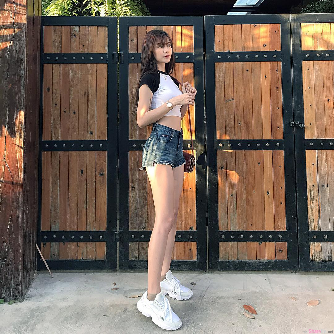 泰国妹子Pin,高挑长腿气质迷人