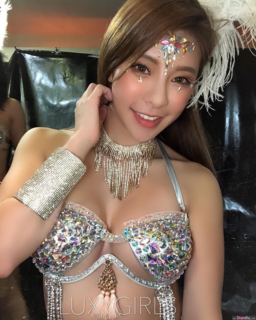 台湾正妹Laura,甜美性感好身材