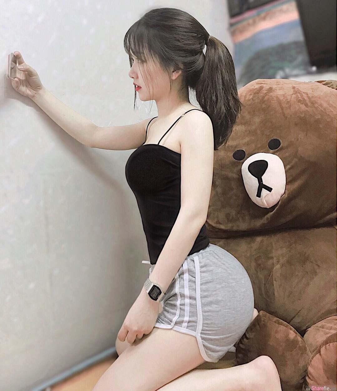 越南甜美小只马正妹,浑圆翘臀身材很犯规