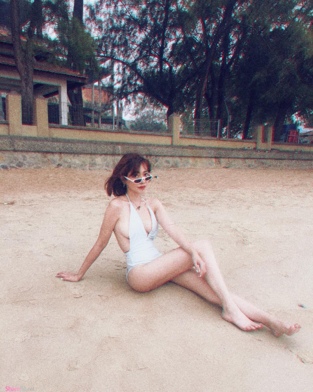 大马正妹深V比基尼,沙滩最美风景