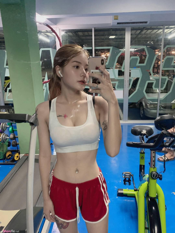 泰国正妹Nattacha健身流汗自拍,湿透内衣性感迷人