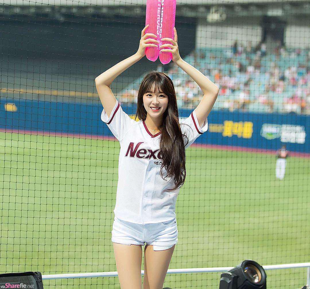 啦啦队正妹ahn ji hyun,换上比基尼身材很有料