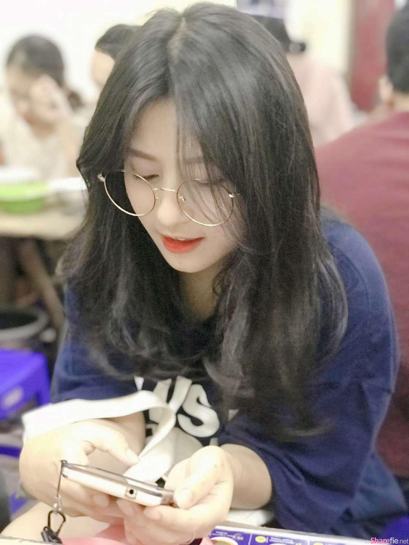 越南清新妹纸Phương Thảo,白皙清纯让人情窦初开想遇见
