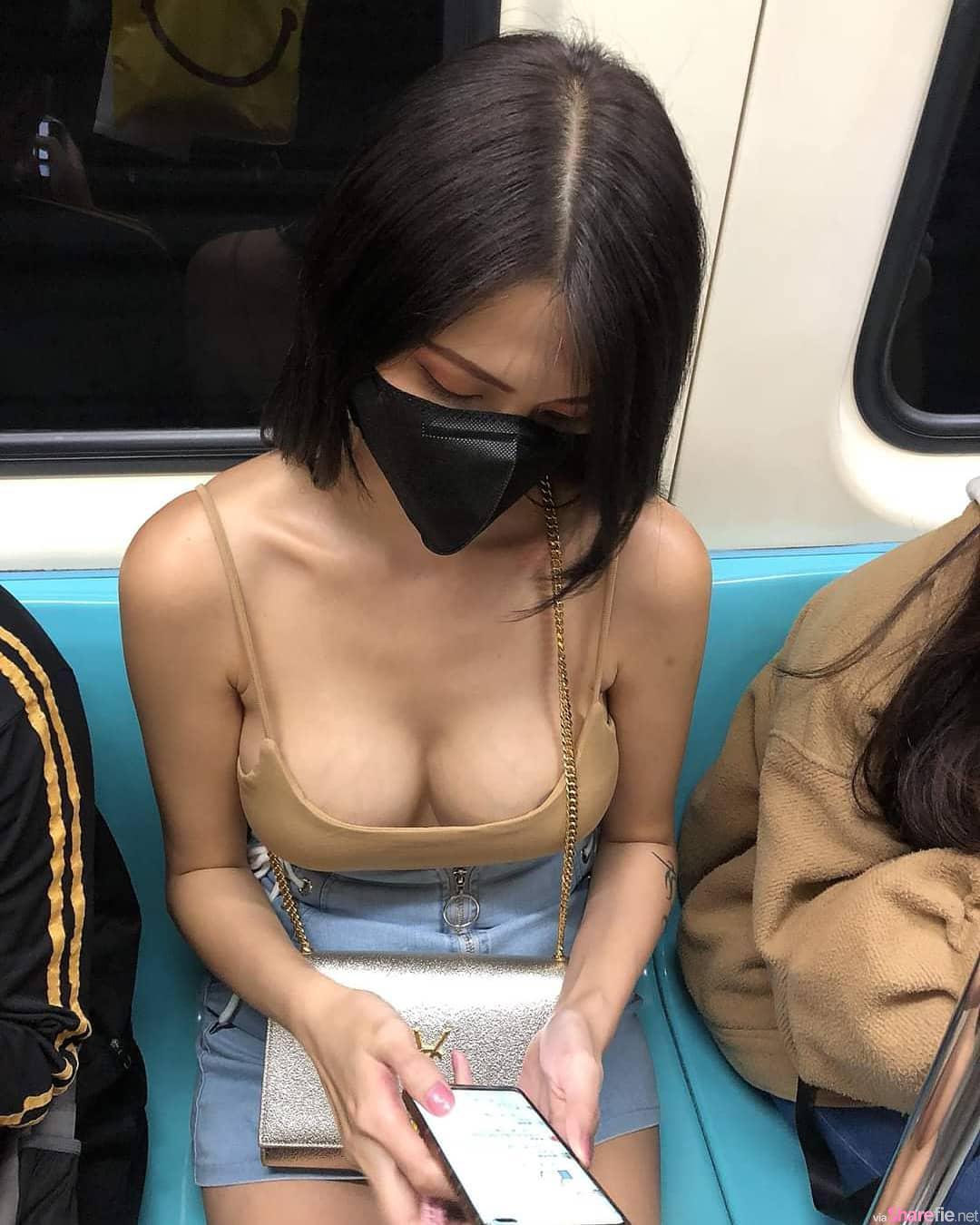 搭捷运没位子走到车厢中间就硬了,网友:那个阴影是甚么