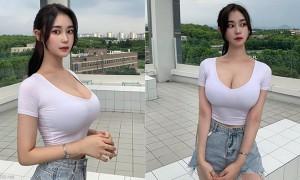 韩国正妹紧身上衣,饱满上围让人无法直视