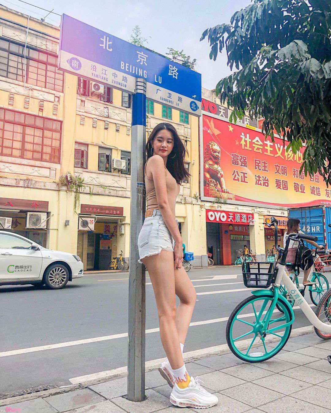 大马正妹叶玠颖,逆天长腿很迷人