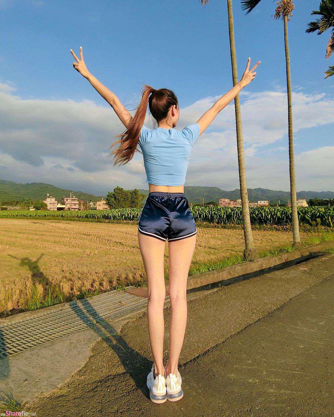 长腿正妹婉甄,身材曲线很迷人