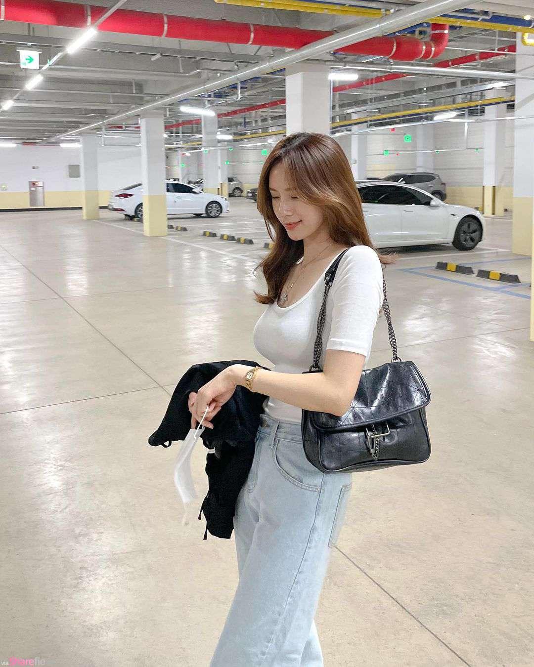 服裝網店老板娘停車場美拍,氣質甜美一眼迷上她